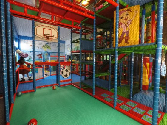 Multi Sport Arena ποδόσφαιρο-μπάσκετ